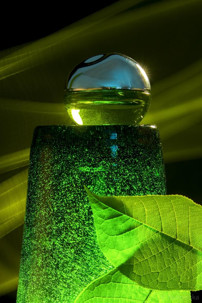 GREEN. RGB - Modern still life.